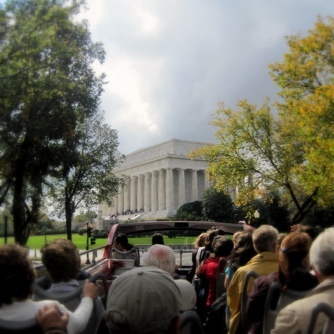 Lincoln Memorial, Double Decker Bus, Bus tour, DC tourist, tourist activities, washington dc, big bus tour, mom in dc
