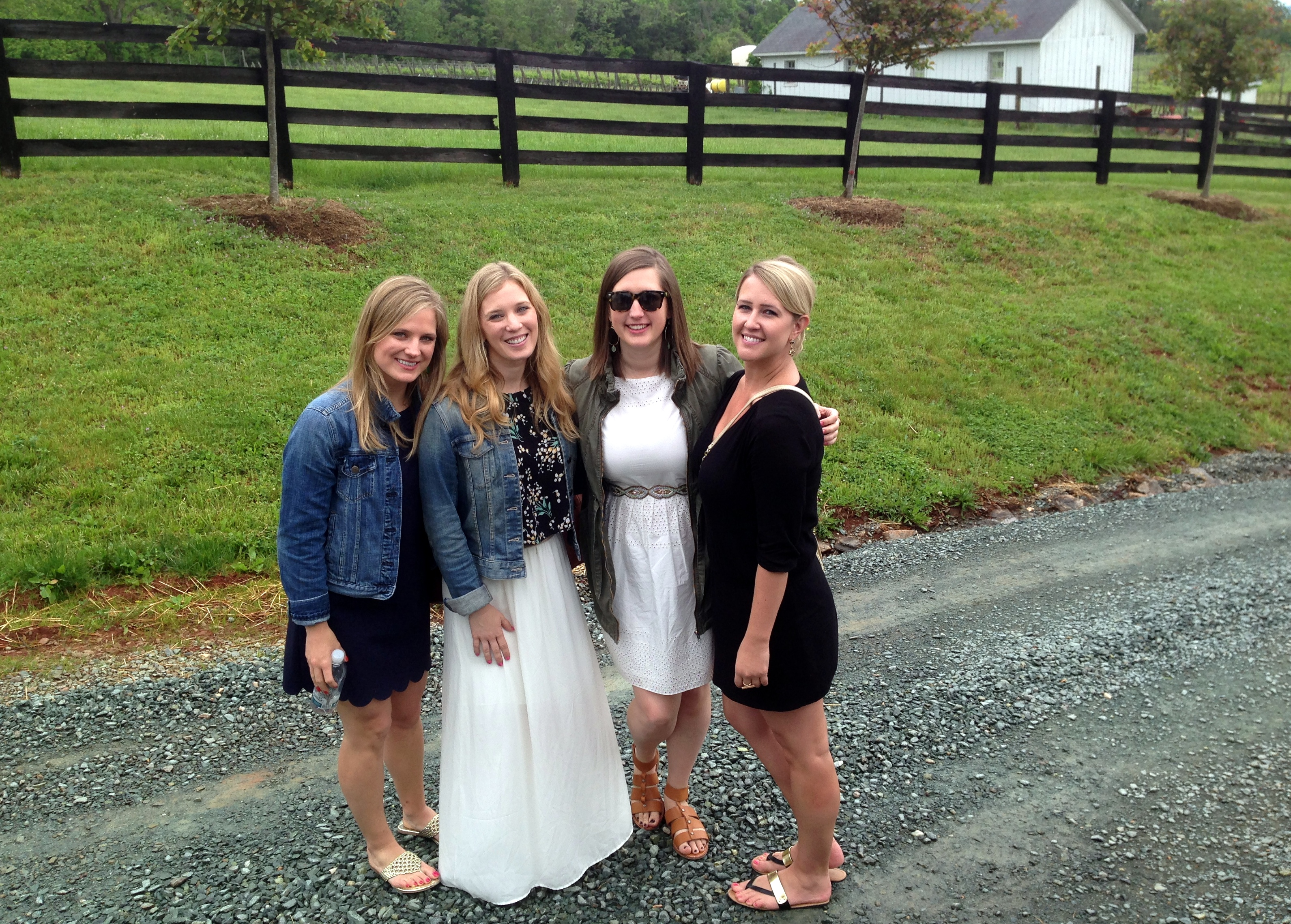 girls trip to charlottesville wineries