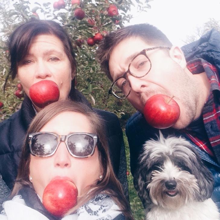apple picking milwaukee